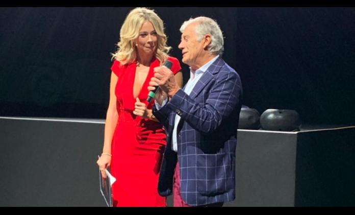 Diletta Leotta e l'ex pilota di motociclismo Giacomo Agostini